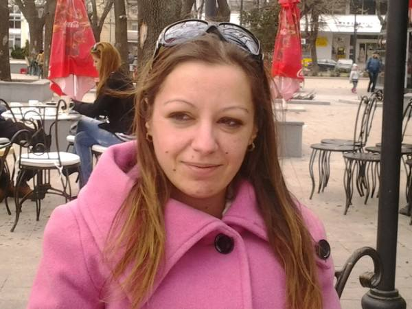 Photo of 30-годишна русенка дари памперси и чаршафи за Розовата къща
