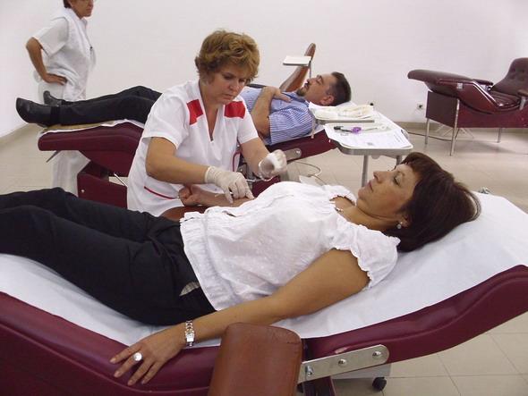 Photo of Търсят кръводарители за обгорения варненец, настанен в МБАЛ-Русе