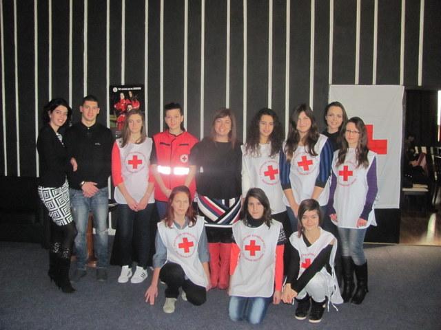 """Photo of Кръводаряването """"на терен"""" мотивира младите хора"""