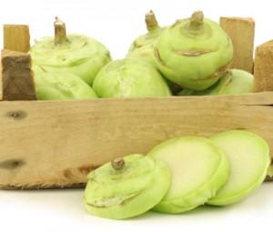 Алабашът е двугодишно растение от семейство Кръстоцветни.