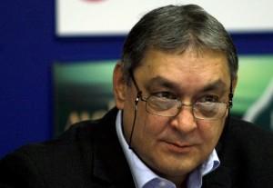 Според д-р Райчинов ако приложим румънския опит, това ще ни отнеме само 5 години.