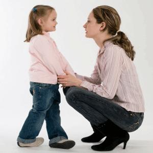 Детето трябва да се възпитава в спазване на определени правила, навици и умения, но не по насилствен начин