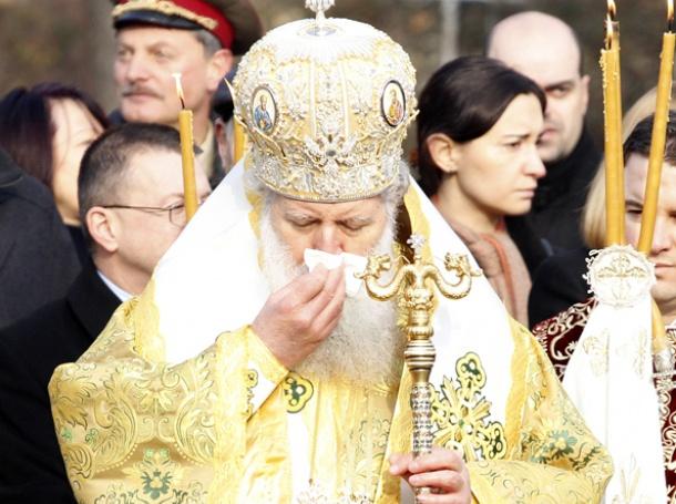 Photo of Патриарх Неофит се излекува от грип с молитви
