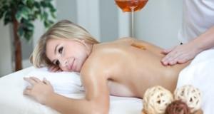 Естествен пилинг с детоксикиращ меден масаж