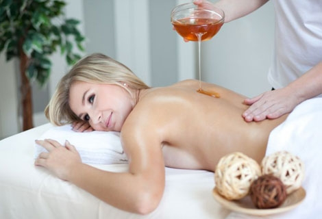 Photo of Естествен пилинг с детоксикиращ меден масаж