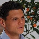 Д-р Гайдурков: Оставете меда на пчелите