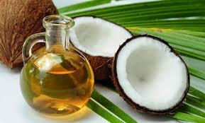 Кокосовото масло или шарлана са подходящи за жабуренето