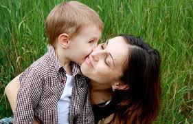 Децата трябва по-често да чуват, че са обичани