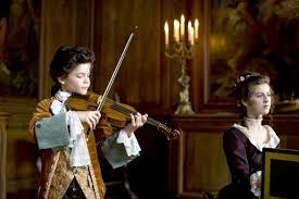 """При гастрит е добре да се слуша """"Седма"""" симфония на Бетховен, а при болки в корема  """"Валсът на цветята"""" на Чайковски."""