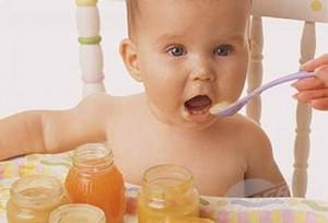 Българските деца не пият достатъчно вода и в яслата или вкъщи трябва да приемат повече течности