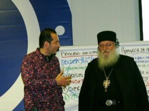 Алфредо Колебро връчи дарението на отец Иван
