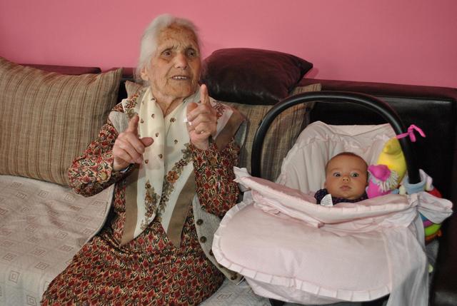 Photo of Столетницата баба Станка не яде месо, не пие алкохол и не се кара с никого