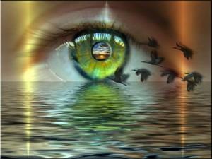 Сухият въздух от климатиците, вентилаторите и печките, защото той намалява влажността на очите.
