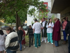 Русенските лекари протестираха днес.