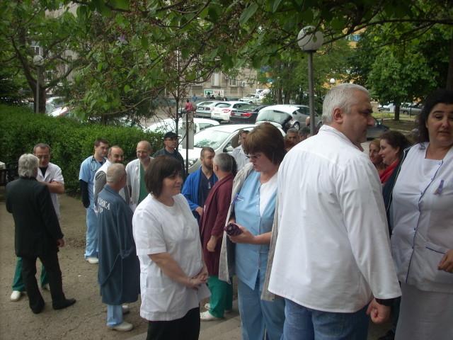 Photo of Русенските лекари протестираха срещу политиката на Здравната каса
