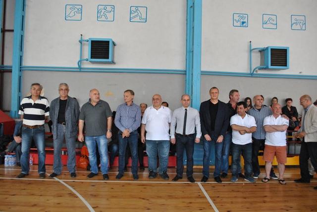 Photo of Купата от турнира по вдигане на тежести остана в Русе