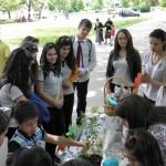 Доброволци организираха благотворителна акция за деца в риск