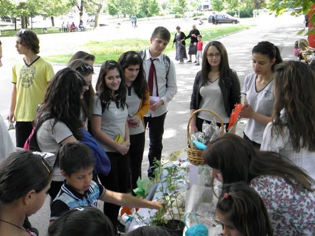 Photo of Доброволци организираха благотворителна акция за деца в риск