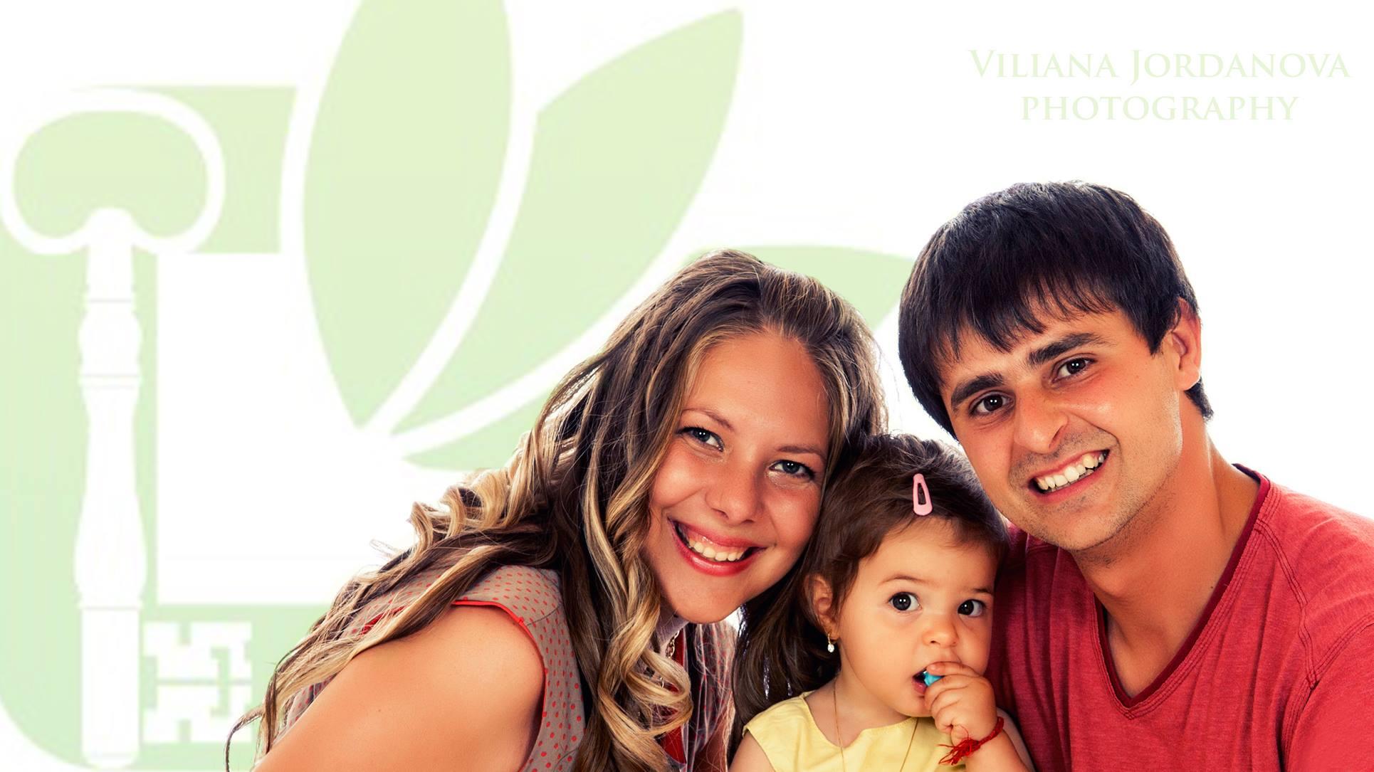 Photo of Младо семейство осъществи свой социален проект за био и натурални продукти
