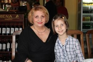 Внучката на д-р Мирчева, Ралица, вече е решила, че ще стане лекар