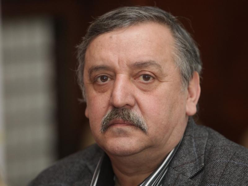 Photo of Д-р Тодор Кантарджиев: Да се отказват ваксини е престъпление