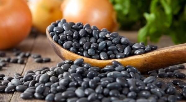 Черен боб – по-антиоксидант от боровинката