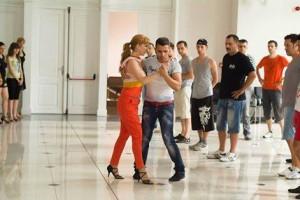 и Иво Стойчеви показват как се танцува кизомба