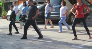 """Гости на """"Медика Наречен"""" поддържат тонус с лечебна гимнастика"""