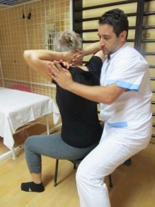 Болката намалява при физическа активност, коментира кинезитерапевтът Александър Андреев