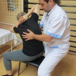 Кинезитерапевти помагат при болест на Бехтерев