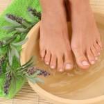 Благоуханни вани въздействат релаксиращо на уморените ни ходила