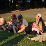 Русенки разясняват ползите от естествено хранене на бебето