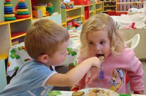 Photo of Предлагат безвъзмездни социални услуги за деца и родители по проект