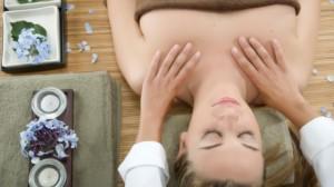Шиацу масаж за справяне със стреса.
