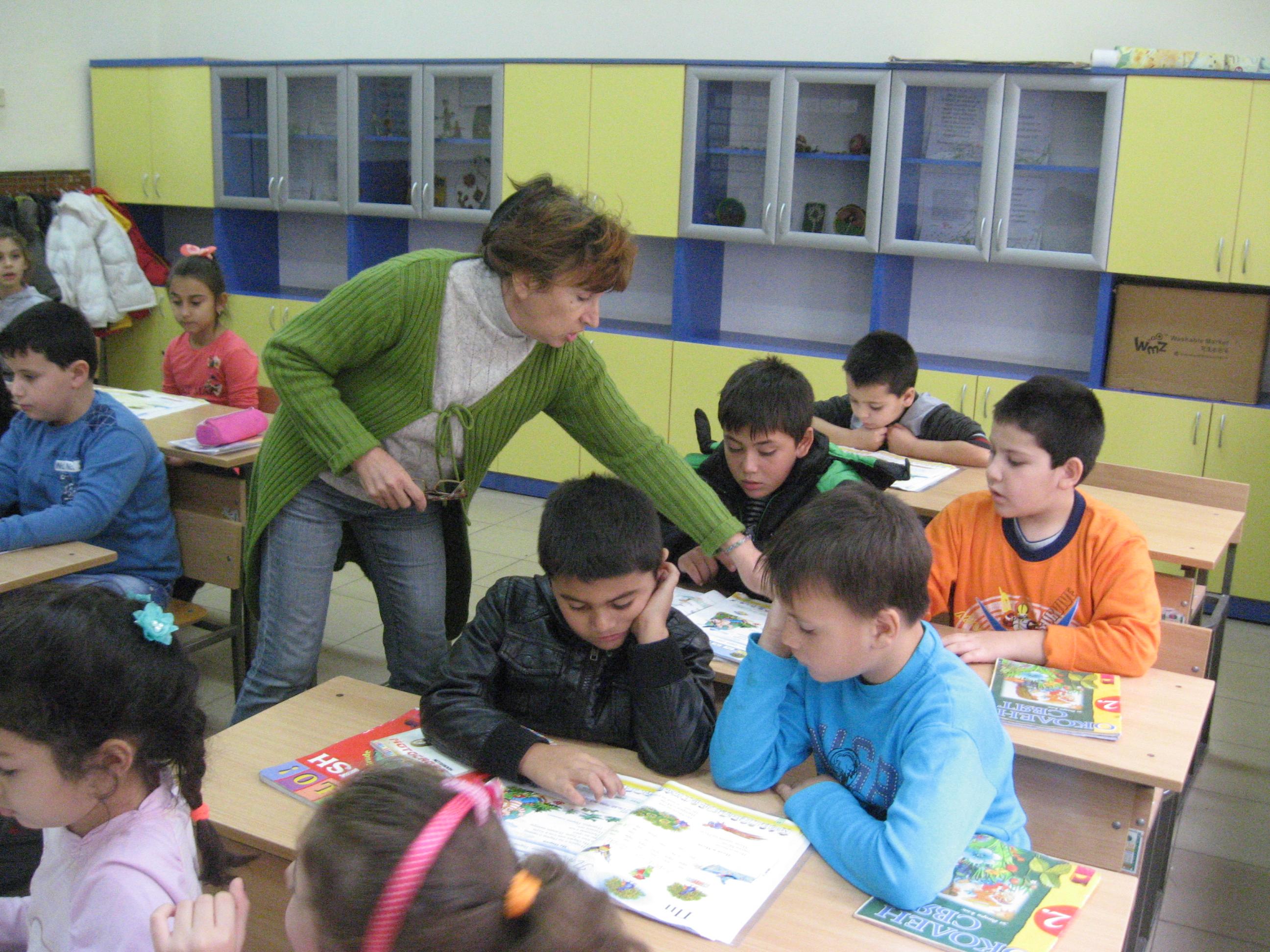 Photo of 461 деца и ученици от Русенска област учат с помощта на ресурсни специалисти