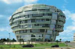 В сърцето на Хановер се намира една болница, която има формата на мозък.