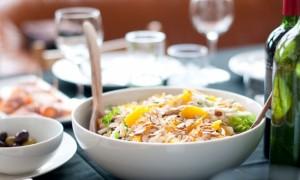 Ние, хората, ядем много в някои случаи, но често сме недохранени на клетъчно ниво..