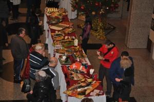 Цялата благотворителна кулинарна изложба бе разпродадена за часове