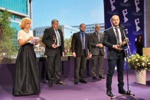 """Според Никола Тиков, член на УС на инвеститора в проекта """"Булфарма"""" и управител на изпълнителя на обекта """"Заводски строежи""""- ПС АД- Пазарджик, всичко това показва, че наградата е заслужена."""