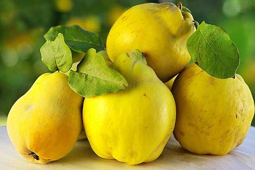 Тръпчивата дюля – само 38 калории и много витамин В