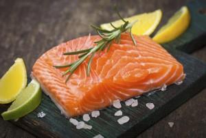 Мазни риби като сьомгата също са много полезни и се препоръчват при зачеване.