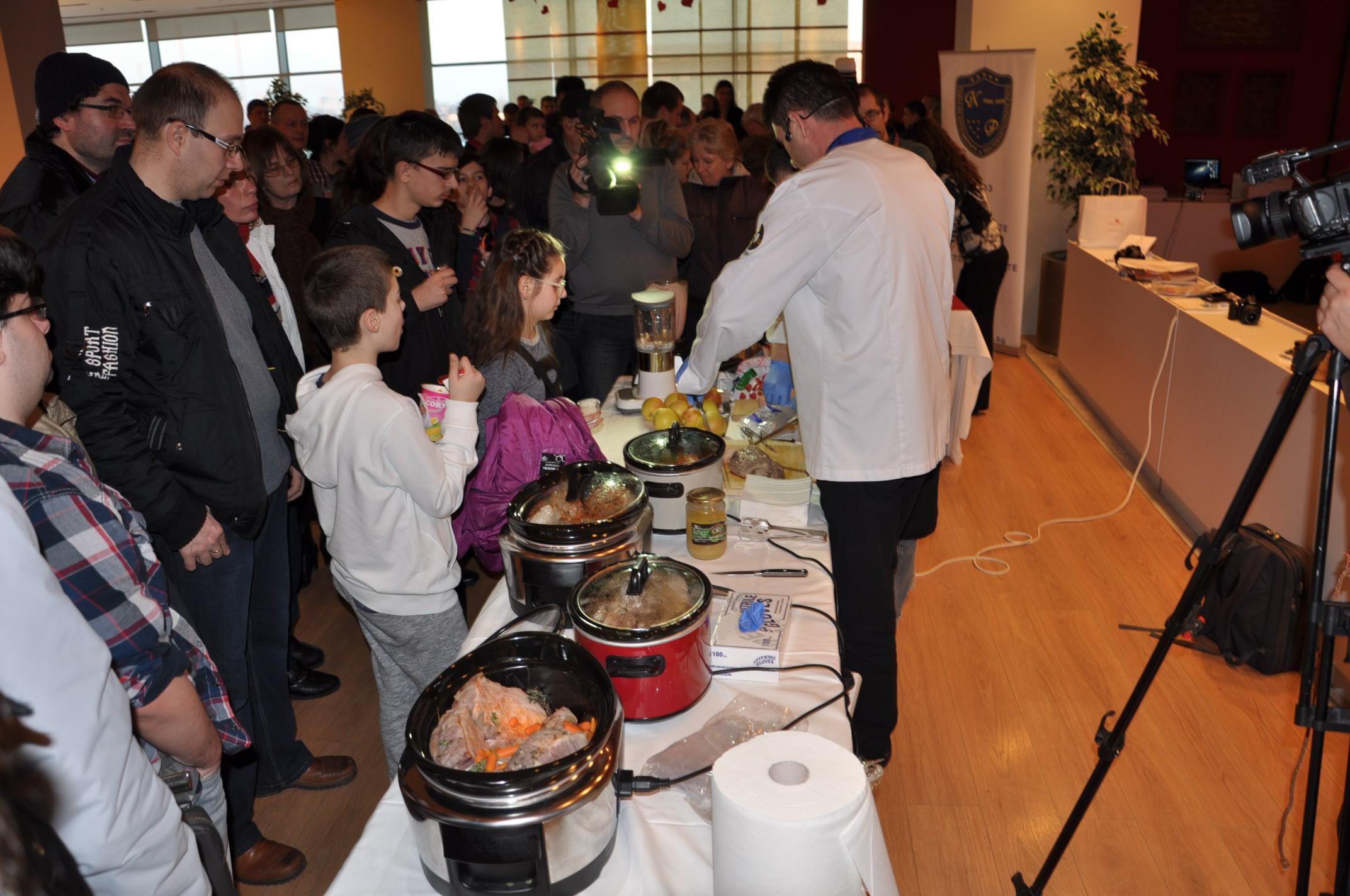 Photo of 300 души се храниха здравословно в Mall Rousse