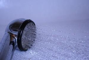 Здраве със студен душ.