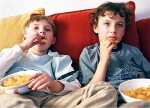 """""""Мазният"""" данък се налага, защото прекомерната употреба на мазни храни засилва риска от сърдечносъдови и ракови заболявания."""