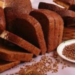 Пълнее ли се от черния хляб?