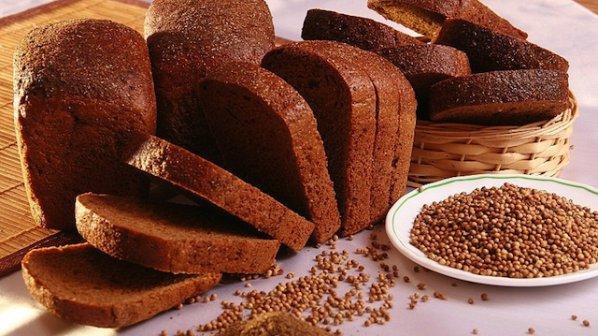 Photo of Пълнее ли се от черния хляб?