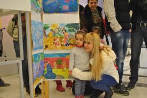 Малки и големи разгледаха изложбата