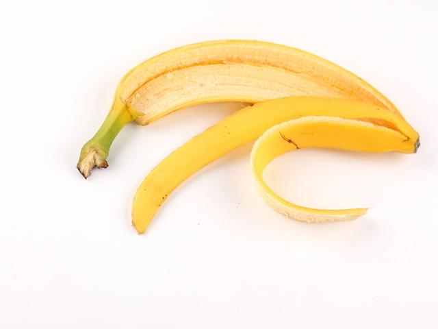 Кората от банан – неочаквано полезна