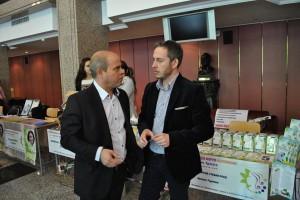 Кметът Пламен Стоилов и организаторът на форумът-изложение