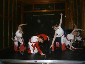 """Балет """"Импулс"""" често е канен да танцува пред наши сънародници и местни ценители на изкуството в Будапеща"""
